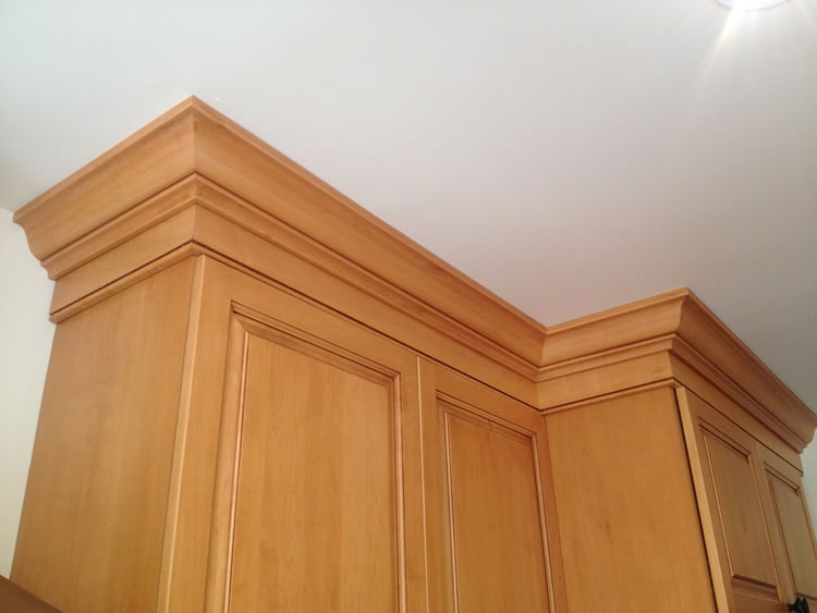 Kitchen Cabinet Molding and Trim Details